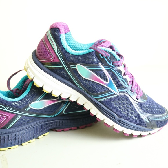 Women Brooks Ghost 8th Edition Sixe
